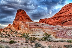 A Colorful Lanscape (Iga Supernak) Tags: vacation touristattraction nevada nearlasvegas travel stunning beforethestorm clouds sky pink colors statepark outdoor picture gorgeous photography igasupernak canon usa exploring exploringnevada flickr landscape thevalleyoffire