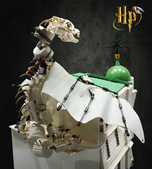LEGO Harry Potter: Escape from Gringotts! (Umm, Who?) Tags: harry potter lego ukrainian ironbelly ron hermione gringotts escape deathly hallows book 7 diagon alley london horcruxes hufflepuff cup lord voldemort tom riddle goblins wizards witches backtohogwarts