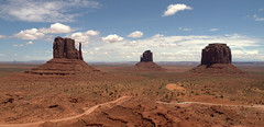 Monument Valley (jimbowen0306) Tags: eastmittenbutte westmittenbutte mittenbutte mittenbuttes themittens butte buttes monumentvalley monumentvalleyut monumentvalleyaz kayenta kayentaaz arizona az utah ut america unitedstates us usa olympuse600 olympus e600 mittens navajo navajonation eastmitten westmitten