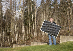 Green Power Solar Sweepstakes (Puget Sound Energy) Tags: portrait usa outdoors unitedstates outdoor solarpanel wash bellingham pse gp whatcom greenpower pugetsoundenergy energyefficiency solarsweepstakes