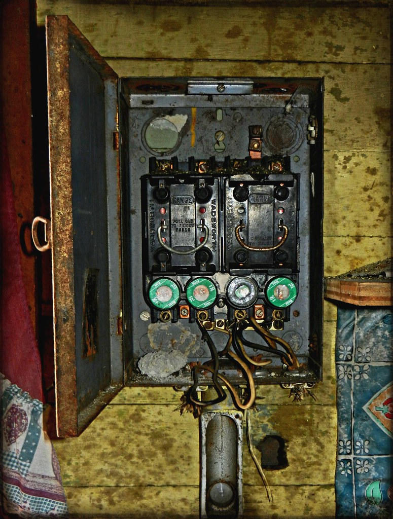 Old Style Fuse Box Wiring Library Circuit Board Flickr Photo Sharing The Worlds Best Photos Of And Wires Hive Mind