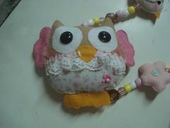 Detalhe da coruja do móbile de cortina da Julia (tatiane_zoo) Tags: bebê feltro patchwork corujas tecido