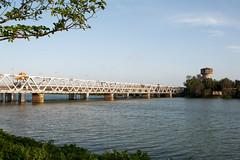 Cầu Bạch Hổ - Huế (xuanthanh_arc) Tags: afd huế cầu 18353545 bạch hổ d700