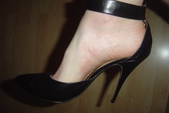 New Shoes (201303) (h_lover1984) Tags: boy man black men high shoes pumps barefoot heels barefeet stckelschuhe