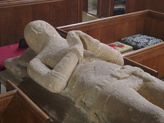 Clopton Effigy, Quinton (Aidan McRae Thomson) Tags: sculpture church monument tomb medieval knight warwickshire effigy quinton