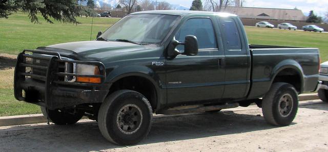green ford truck 4x4 diesel pickup pickuptruck supercab madeinusa americanmade fourwheeldrive fomoco f250 pushbar superduty powerstroke 34ton eyellgeteven
