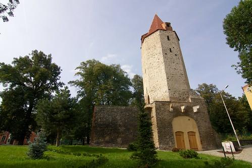 Wieża dziobowa w Strzegomiu od strony miasta