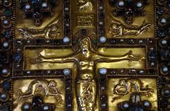 Upper Cover, Lindau Gospels, detail with Christ (close)