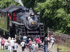 TVRM 630 draws a crowd (lionel682) Tags: trip railroad museum century fan north norfolk 21st richmond class steam company southern american valley transportation carolina works locomotive spencer tennesse 630 ks1 excursion 2012 280 consol consolidation