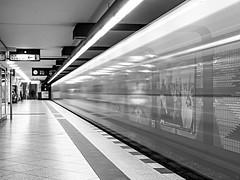 underground (schasa68) Tags: berlin deutschland europa germany schwarzweiss bw langzeitbelchtung sw ubahn fahrzeug station ubahnstation underground blackandwhite longexposure zug schrfentiefe tiefenschrfe linien