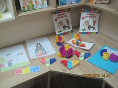 Rucsacul de vacan: Atelier de creaie (Centrul Academic Eminescu) Tags: caie centrul eminescu biblioteca chiinu rucsacul de vacan