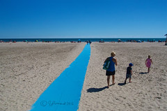 Follow The Blue Ribbon Road (Jeannot7) Tags: beach victoriabeach cobourg ontario lakeontario sand walkway