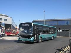 East Yorkshire 137 YX65RLO Hull Interchange on 66 (1280x960) (dearingbuspix) Tags: eastyorkshire eyms alexanderdennis adl 137 demonstrator enviro200mmc enviro200 mmc majormodelchange yx65rlo