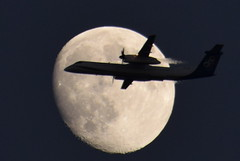 Moon Flight (Kotsikonas Elias) Tags: moon luna aircraft sky athens greece autofocus aviation