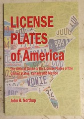 LICENSE PLATES of AMERICA  license plate book VI (woody1778a) Tags: books licenseplate numberplate registrationplate mycollection myhobby literature woody