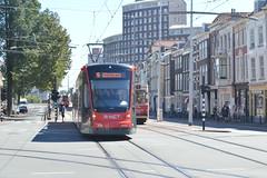 Siemens Avenio op tramlijn 9 (xCookiesolax) Tags: htm den haag centrum tram haagse tramweg maatschappij gtl gtl8 bn siemens avenio stadstram nederland netherlands rnet centraal station kalvermarkt bierkade