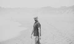 2972 (sul gm) Tags: bw blancoynegro man hombre adult adulto people playa beach summer summertime sunglassses gafas noisy granny blackandwhite onepeople asturias asturies espaa spain salinas castrilln outdoors nature coast fog mist misty shirt portrait beard bearded