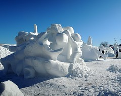 Carnaval de Qubec 2013 : Equipe Canada : Sculpture sur neige (eburriel) Tags: carnival winter urban sculpture snow canada cold feast photo team nikon image hiver picture international neige fte qc ville rable quipe bonhomme ocanada telus carnavale populaire carnavaldequbec 2013 burriel capitalenationale eburriel monettelger rayamondnadeau landrethibodeau