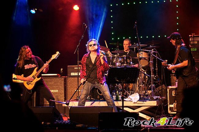 DEO  Rock4Life Tribute to Rock Classics (23)
