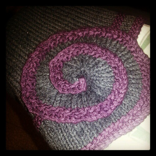 Just steam pressed the spiral on my #knitted Escargot hat.