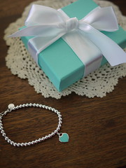 too adorable *w* (Ballet Pink) Tags: blue cute boyfriend silver anniversary year adorable gift return bracelet present bead february tiffany eight tiffanyco 2013