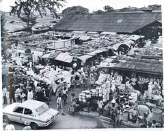 Guide to Lagos 1975 035 jankara market (amaah) Tags: africa city urban history tourism observation perception market culture lagos nigeria 1975 guide toli