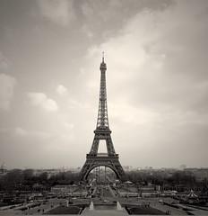 Paris Tour Eiffel (Ludovic.J) Tags: world voyage travel bw paris france noir tour eiffel explore toureiffel blanc iphone uploaded:by=flickrmobile flickriosapp:filter=nofilter