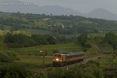 M001-00848.jpg (Colin Garratt) Tags: ireland irish mountains rural train countryside europe diesel railway front signal semaphore eireann cie iarnrod ballyha