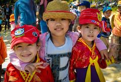 Kids (Quoc Bao Truong) Tags: girls portrait people boys nikon vietnam viet hue nam nikonian