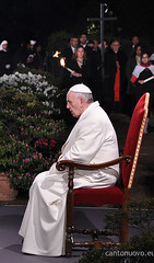 Venerd Santo (Cano Nova) Tags: roma francisco italia cruz papa velas francesco croce orao colosseo coliseu povo viasacra saluto viacrucis venerdsanto