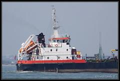 Jaynee W (leightonian) Tags: uk island boat ship unitedkingdom isleofwight solent gb isle cowes tanker wight iow