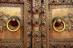 City Palace Bronze Doors (jdmiller83) Tags: door india bronze handle asia jaipur rajasthan citypalace subcontinent