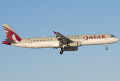 A7-AIA  Qatar Airways  Airbus A321-231 (Osdu) Tags: airplane airport aircraft aviation aeroplane airbus aviao flugzeug avin aereo spotting dme avion avia vliegtuig flygplan a321 planespotting   qatarairways aeroplano lentokone  samolot uak flugvl domodedovo    luftfahrzeug lennuk    uudd  letoun a321 fastvingefly aroplanum a7aia