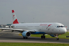 OE-LBF Airbus A321 of Austrian Airlines (SteveDHall) Tags: aircraft airport aviation airfield aerodrome airplane aeroplane airliner airliners ringway 2016 manchester manchesterairport oelbf airbus a321 austrian airbusa321 austrianairlines