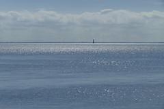 Blau ist auch eine Farbe (antje whv) Tags: wilhelmshaven jadebusen leuchtturm lighthouse leuchtturmarngast nordsee northsea ozean wasser meer outdoor minimalismus himmel
