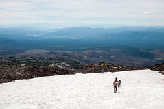 Hiking up (LucienTj) Tags: hike backpackers mounthood mountadams hikers glacier mountaineering wilderness snow