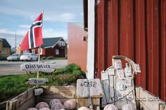 Isole Lofoten-4 (Luca Latini) Tags: landscape paesaggio viaggio travel sky cielo norway norvegia mountain montagna svolvaer reine alofoten lofoten ocean lucalatini oceano