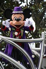 Halloween Pop'n LIVE (sidonald) Tags: tokyo disney tokyodisneyland tdl tokyodisneyresort tdr halloweenpopnlive parade disneyshalloween2016    mickeymouse mickey