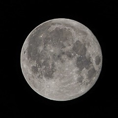 Harvest moon on September 16, 2016 (beyondhue) Tags: harvest moon full beyondhue ottawa canada