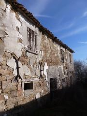 P1000027 (gzammarchi) Tags: casa italia natura pietra paesaggio collina rudere cesena forli borello casevenzi