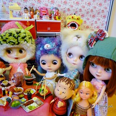 Reunion Dinner Close Up Right (Kewty-pie) Tags: bear food kitchen reunion modern dinner miniature strawberry good redhead drinks luck totoro domo lou libby troll blythe persimmon icy custom rement cinta licca sadako frieda helmets shortcake uneeda vintagedoll sweetdays therose angelgarden linusvanpelt wishniks chantillylace ericafustero vintagekenner wandafrog drblythenstein dollymixx yarnhead kobitozukan taradolls sweetpuppet petitchatgris billiej