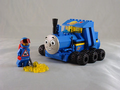 Thomas the Tank Rover (TFDesigns!) Tags: train lego thomas space rover moc ncs febrovery