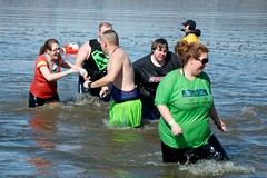 DSC_4246 (Dober Man) Tags: illinois special springfield olympics polar specialolympics plunge polarplunge afsdxvrzoomnikkor18105mmf3556ged