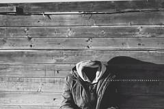 { Project Photographer 4 - Ritratto senza volto } (Simonesta~) Tags: sea portrait beach headless mare faceless ritratto testa volto senza senzatesta senzavolto ritrattosenzavolto