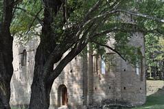 Iglesia de Santa Mara de Iguacel (3) (lumog37) Tags: church architecture arquitectura iglesia romanesque apse romnico bside