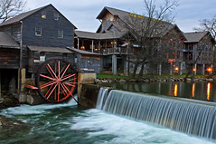 Old Mill Restaurant (Snookpics) Tags: winter mill wheel creek tn pigeonforge pigeonforgetn millwheel old milldam restaurant elementsorganizer