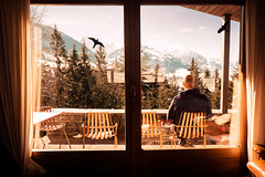 schweizwinter (jonas_k) Tags: blue schnee winter sky house mountain snow man berg self schweiz sitting dorf village suisse swiss watching peak chalet mann ich ch berneroberland gipfel