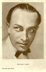 Conrad Veidt (Truus, Bob & Jan too!) Tags: 1920s cinema film sepia vintage germany deutschland star weimar ross silent postcard screen german movies actor conrad deutsch filmstar stummfilm schauspieler darsteller conradveidt veidt