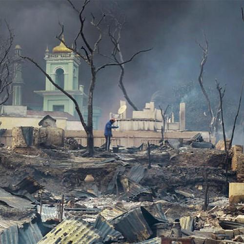 مسلمو ميانمار على خط النار.
