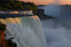 Sunset over Niagara (Rozanne Hakala) Tags: sunset usa mist ny newyork canada tourism water river outdoors niagarafalls dusk tourist falls spray gorge naturalwonder powerful bridalveilfalls prospectpoint horseshoefalls americanfall